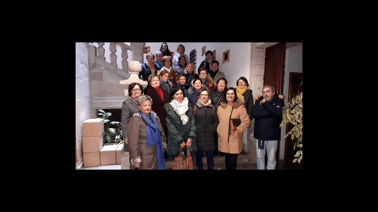 Gobierno del Principado .Parte el comité de A Coruña ante la fábrica para anunciar movilizaciones para cuando puedan