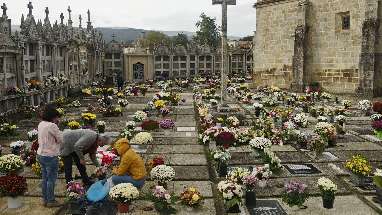Cementerios singulares de Ourense.Cementerio de Arnoia.