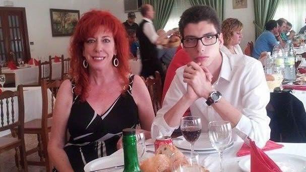 Rosa y su hijo Luis en una fotografía reciente