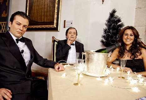 Cañita Brava estará acompañado por los presentadores de «Vaya V», Iago García y Marta Clavero.
