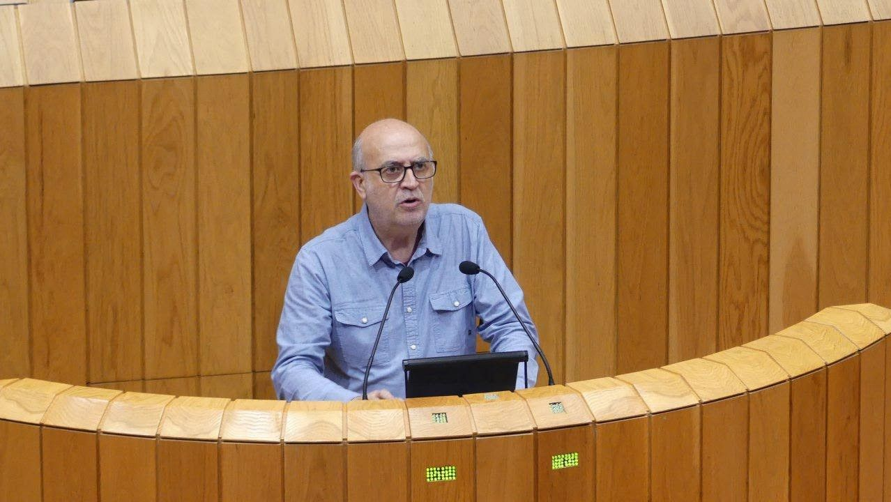 Comparecencia de Antón Gómez Reino.Pancho Casal, diputado en el Parlamento de Galicia y uno de los actuales líderes de En Marea