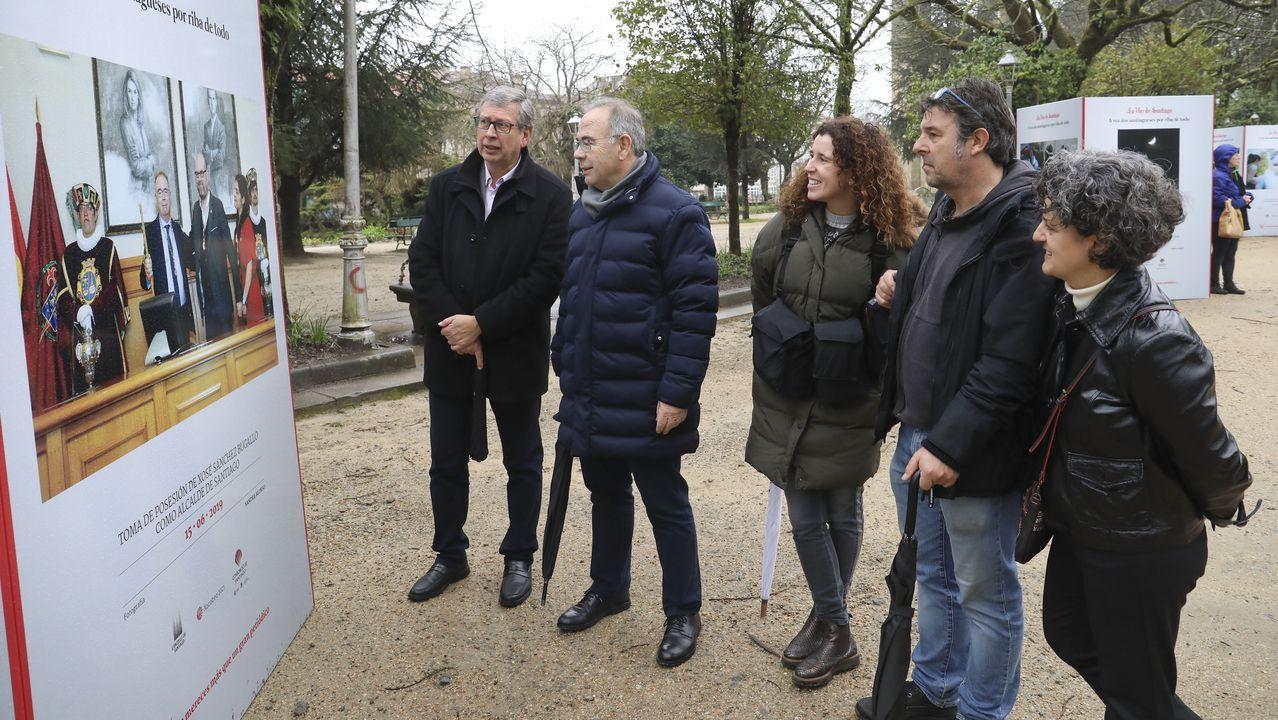 Santiago inauguró este viernes la nueva ubicación del busto de Concepción Arenal en la Rúa da Trindade