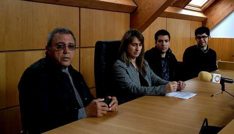 Conrado Martínez, la edil Amalia Goldar, Héctor Martínez y Álex Vidal «Pato» presentaron ayer el concierto.