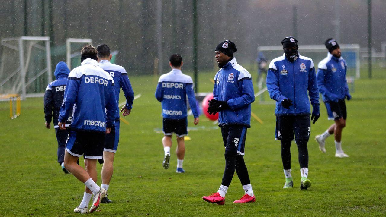 Rolan, en el centro de la imagen, en un entrenamiento el pasado mes de diciembre