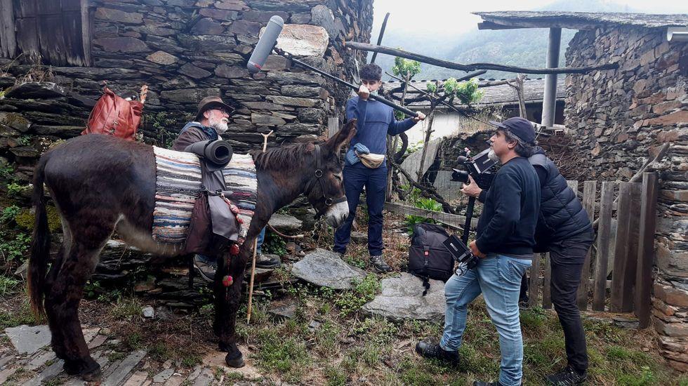 Una de las escenas grabadas por el equipo de esta serie documental en Folgoso do Courel