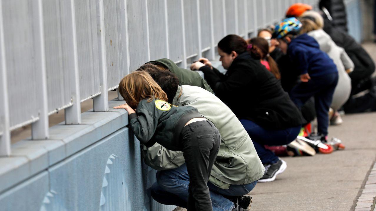 Múltiples ciudadanos de Nueva York se acercaron a ver la llegada del Conformt al puerto de Manhattan