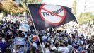 Una multitud celebra la derrota de Trump cerca de la Casa Blanca