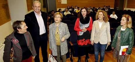 Un libro sobre la perspectiva de género en la ciencia política fue presentado en Políticas.