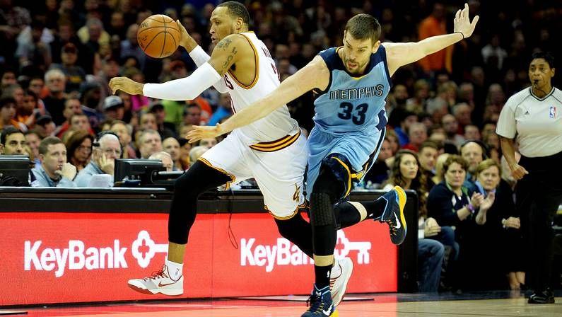 Kobe Bryant decide la victoria de los Lakers sobre los Pacers