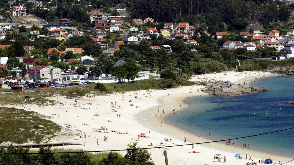 Playa de Limens, en Cangas