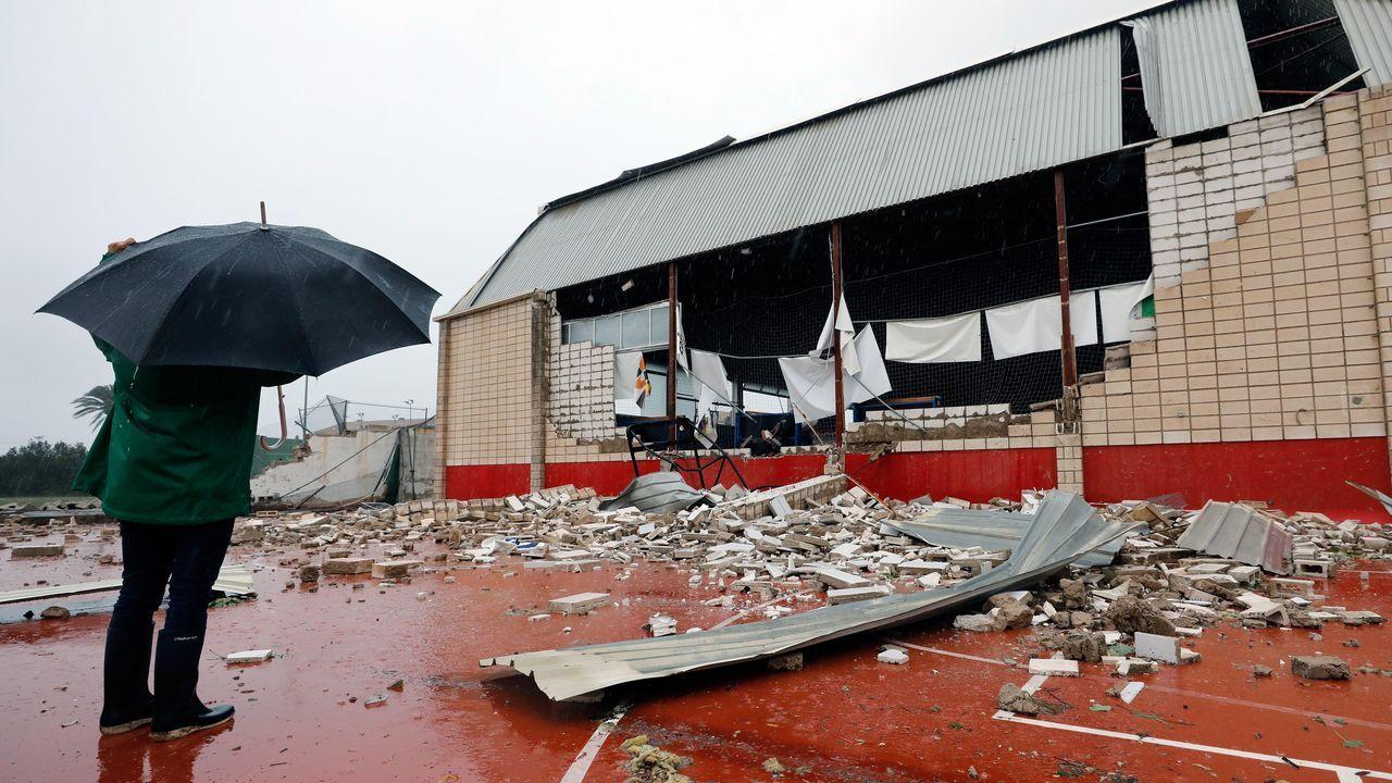 Daños por un tornado en Denia, Alicante