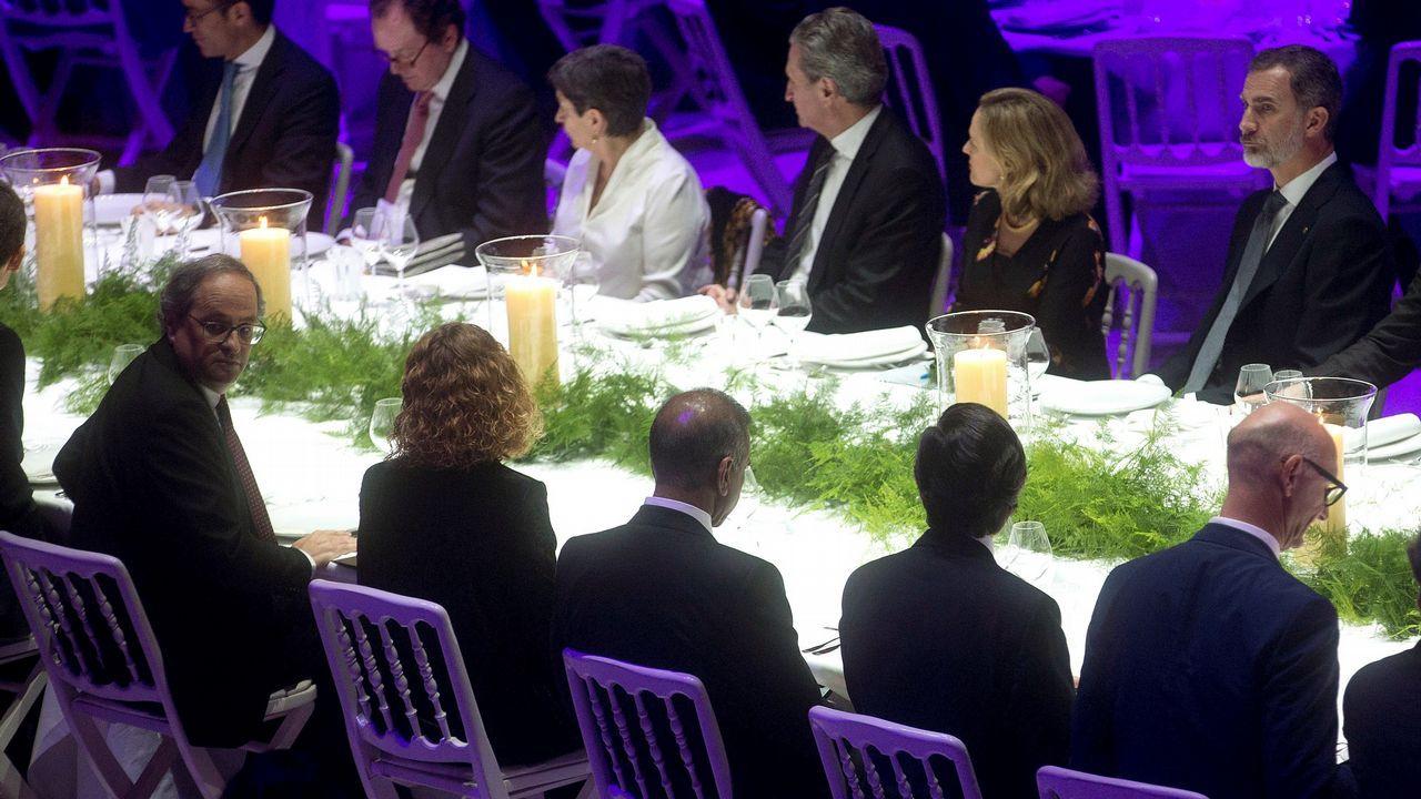 Torra solo saludo fugazmente al rey antes de que comenzara la cena inaugural del Mobile World Congress