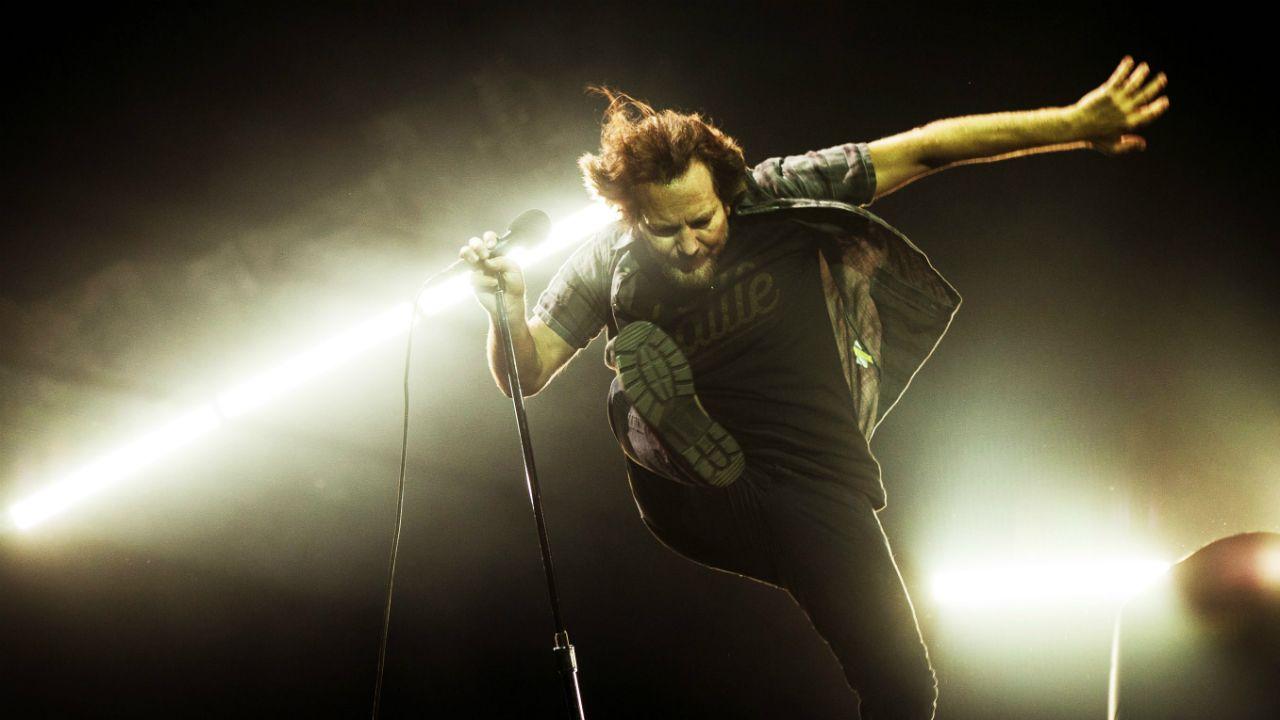 Eddie Vedder, vocalista de Pearl Jam, durante concierto en Rock Werchter 2018, en Bélgica
