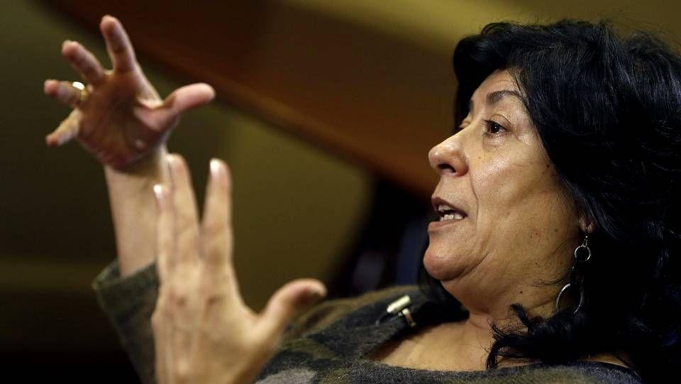 Almudena Grandes, hablando de su última novela.