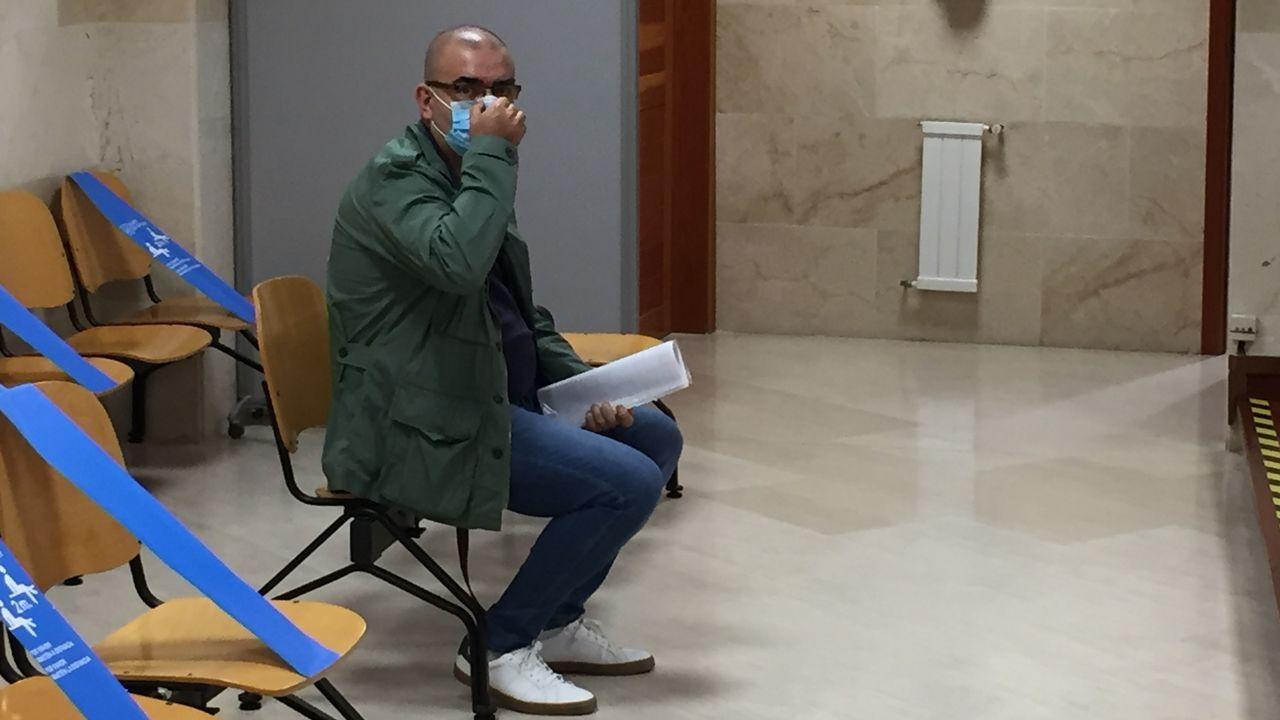 José Antonio Lodeiros, durante el juicio en el que se le acusa de haberse apropiado de casi 46.000 euros de una comunidad de vecinos de Belvís que administraba
