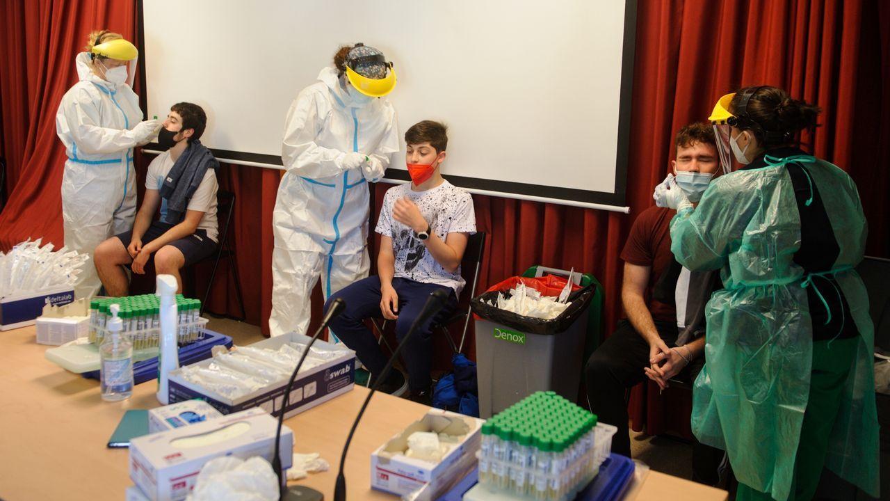 cribado mediante test PCR a los alumnos y docentes (730 usuarios) del IES Alfonso X O Sabio de Cambre