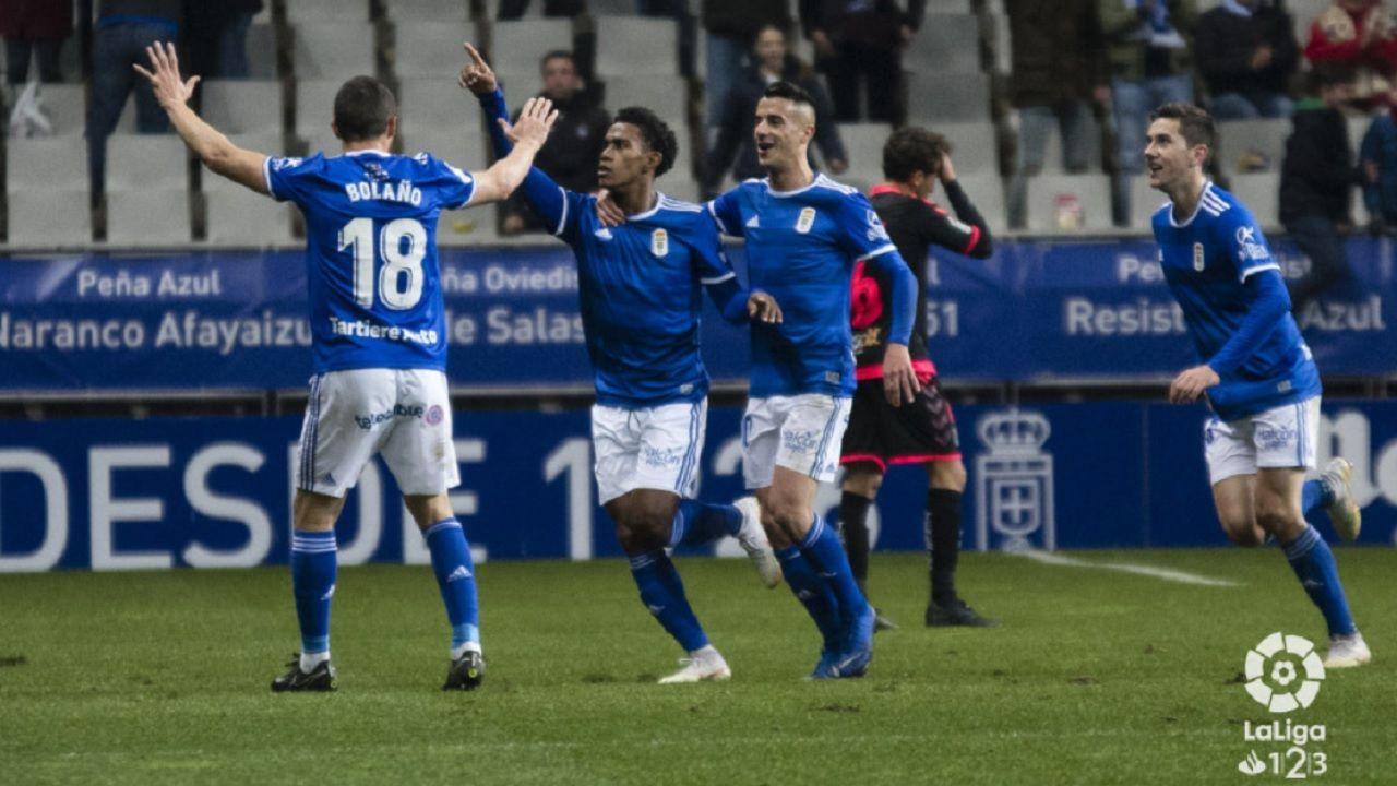 Gol Barcenas Christian Fernandez Tejera Javi Hernandez Real Oviedo Tenerife Carlos Tartiere.Bárcenas celebra el 1-0 frente al Tenerife