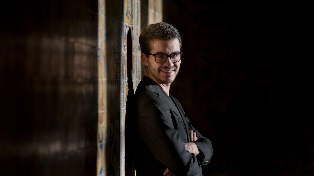 Juan Pérez Floristán compagina su carrera como intérprete con la docencia