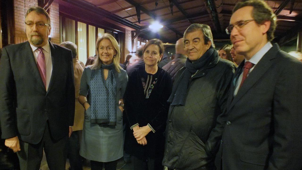 Isidro Martínez Oblanca, Cristina Coto, Carmen Moriyón, Francisco Álvarez-Cascos y Fernando Couto