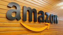 El logo de Amazon en la sede de la compañía en Bengaluru, India