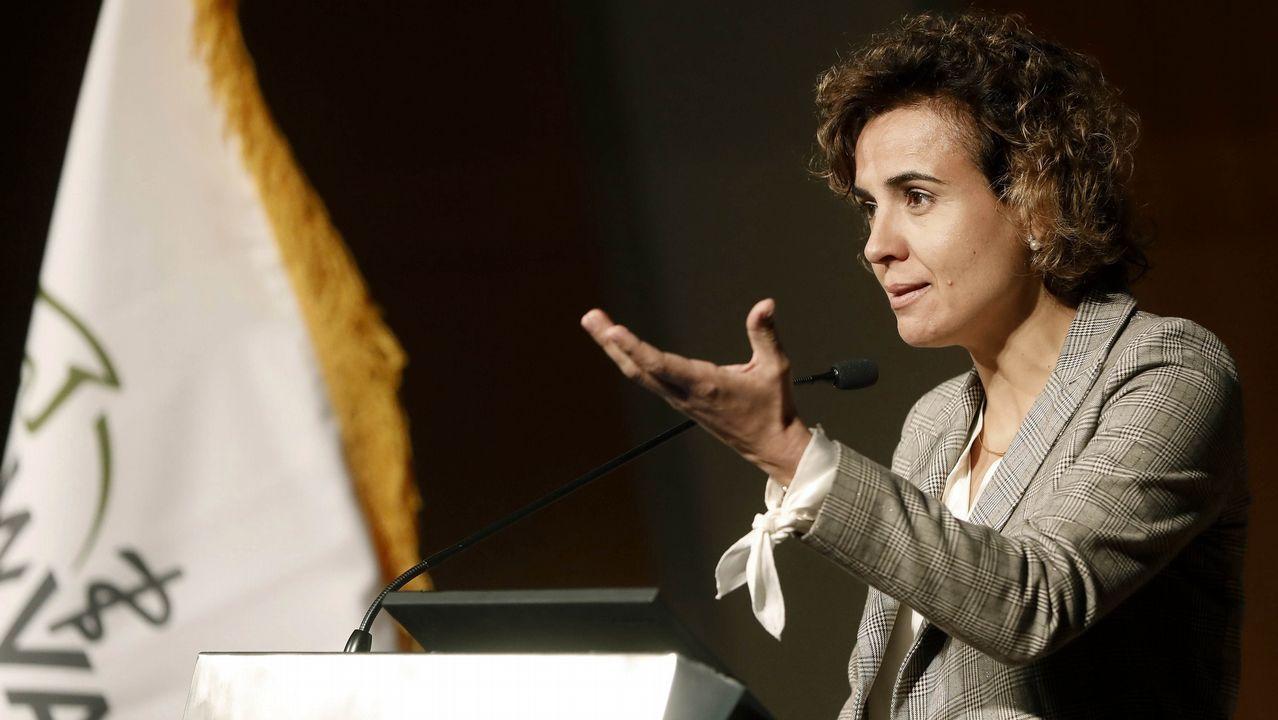 Las imágenes de la manifestación feminista del 16 de mayo.La ministra de Sanidad durante la inauguración del Congreso Mundial de Veterinaria, en Barcelona