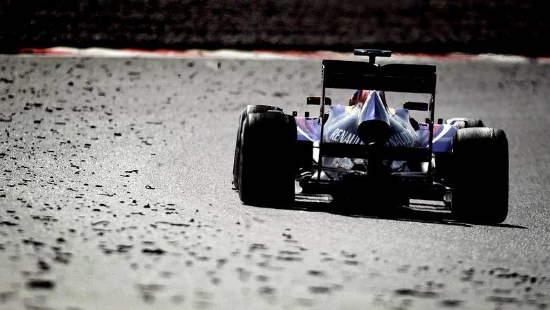 El piloto asturiano persigue ser tricampeón del mundo.