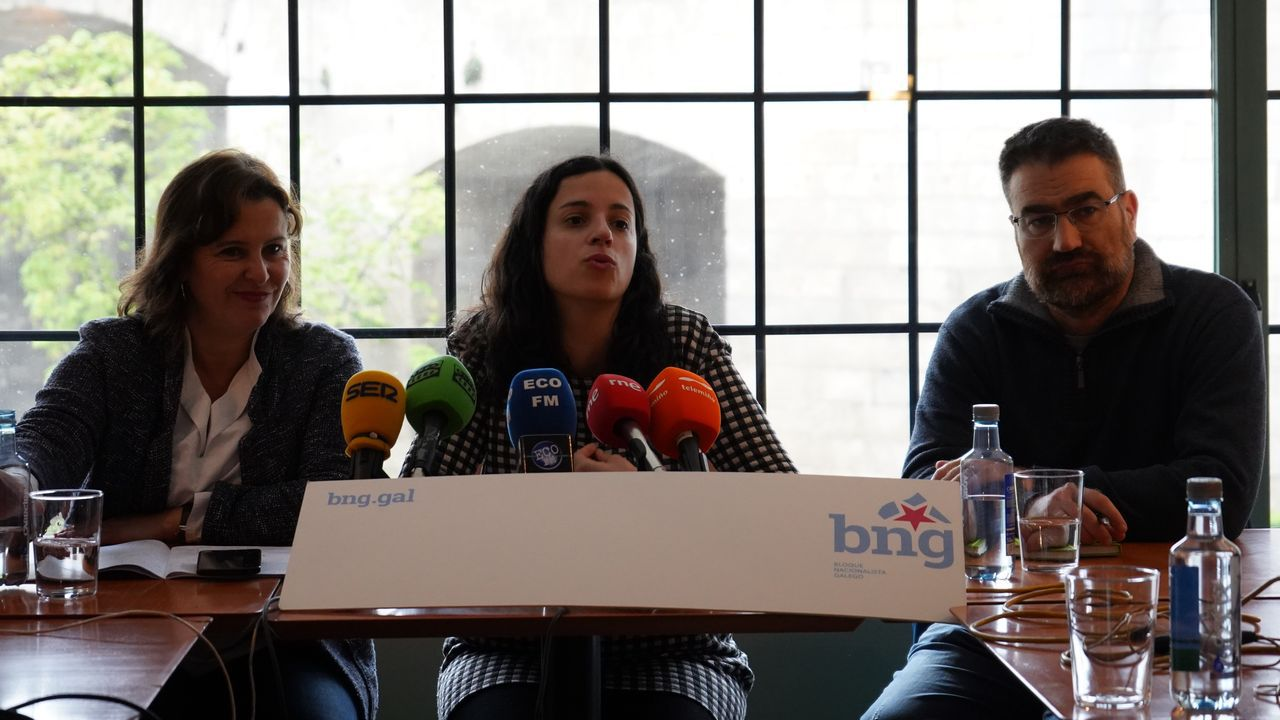 Imagen de los nacionalistas Ana Miranda, Noa Presas y Bernardo Varela, durante una rueda de prensa