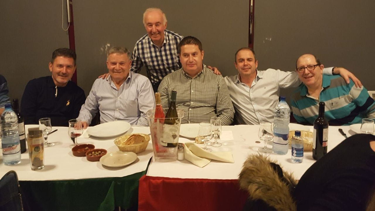 Exquisita y divertida fiesta del grelo de Anxeriz, en Tordoia