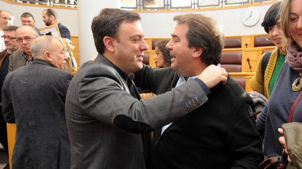XV Congreso del PP de A Coruña.García Seoane trató de exterminar a tiros la avispa con el rostro de Diego Calvo.