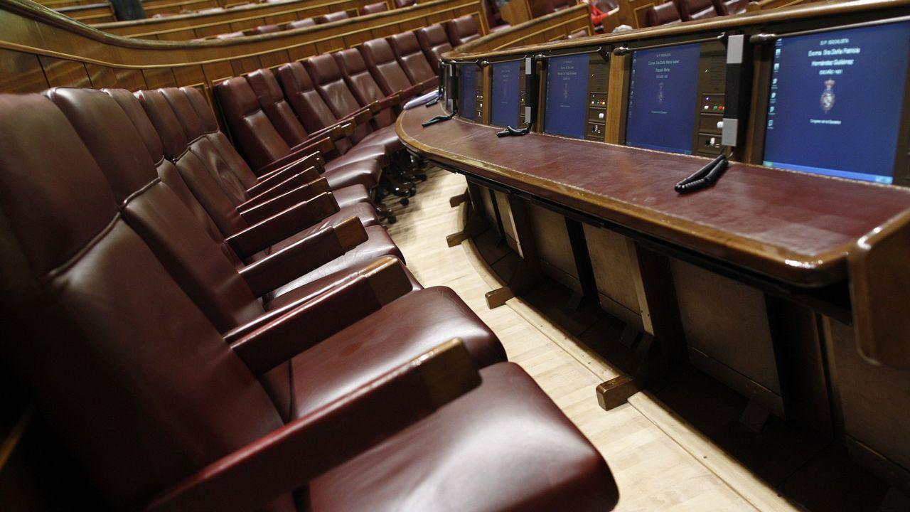 Sánchez promete una ley para todo tipo de familias y un ingreso mínimo vital.Teresa Mallada, Mercedes Fernández, Ignacio Prendes y Juan Vázquez
