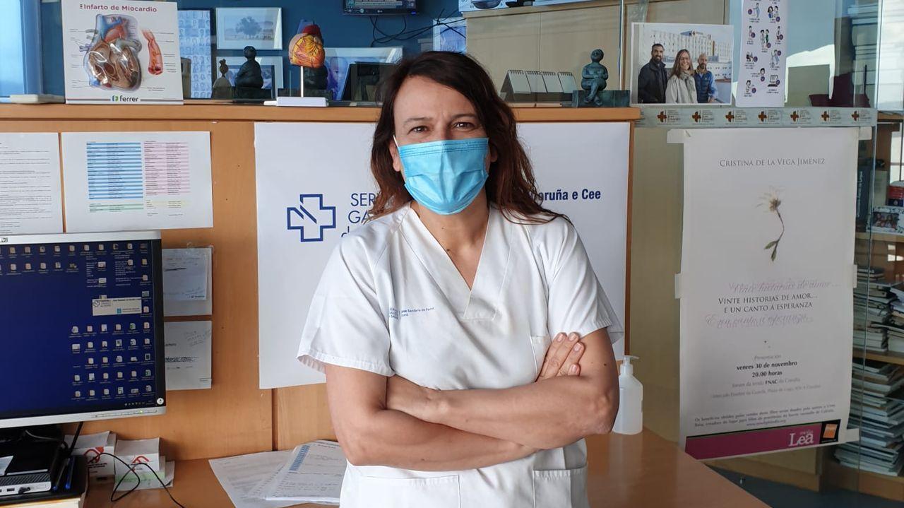 Cristina Barbagelata es internista del Chuac desde hace veinte años