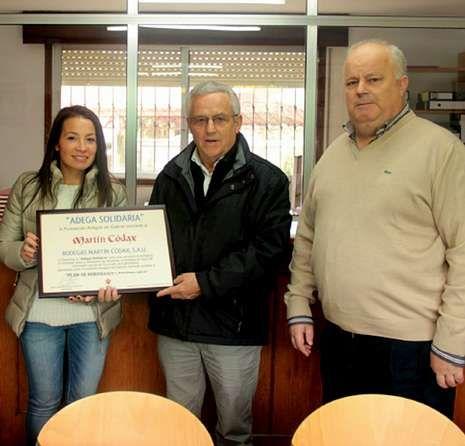 La bodega recibió un diploma de manos de la fundación.