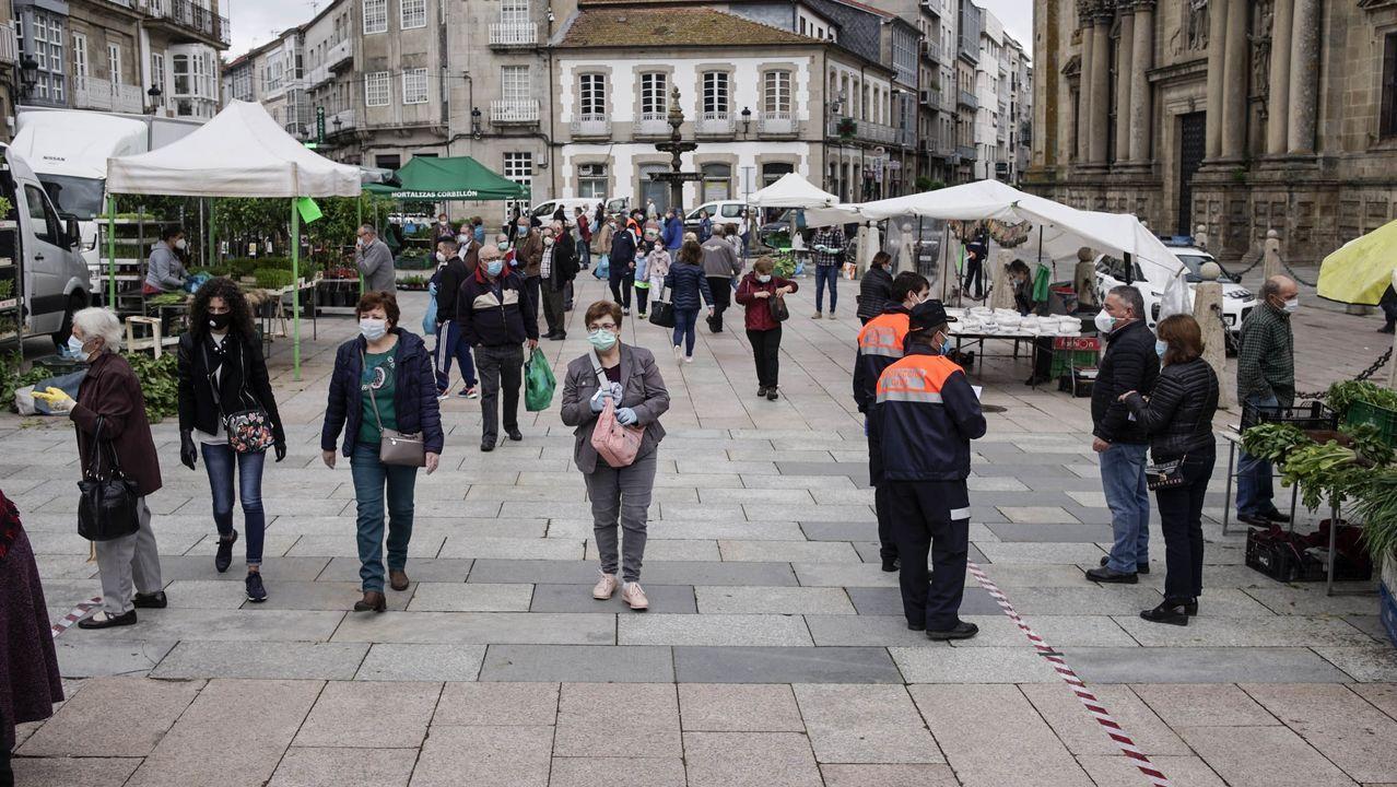 Así fue, en imágenes, el regreso de la hostelería en Ourense, Xinzo y Ribadavia.Antonio Puga, alcalde de Celanova