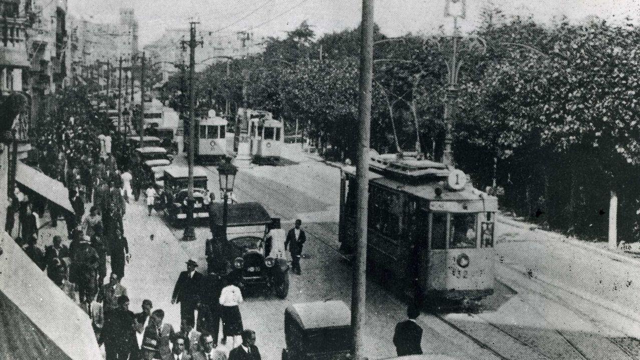 Un tranvía cruza el Cantón Pequeño en 1929