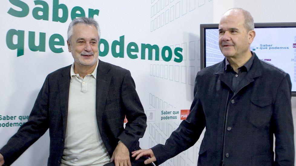 Chaves y Griñán dejan el PSOE voluntaria y temporalmente