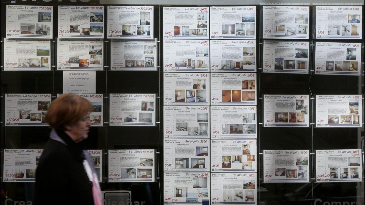 Pisos en Gijón.Las grúas para la construcción de nuevos bloques de pisos vuelven a verse en las ciudades