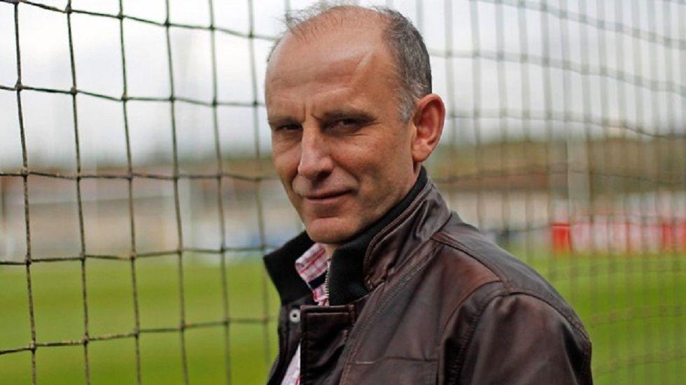 «Devuélvenos el aula que nos has quitao».Ángel Martín González, nuevo secretario técnico del Real Oviedo