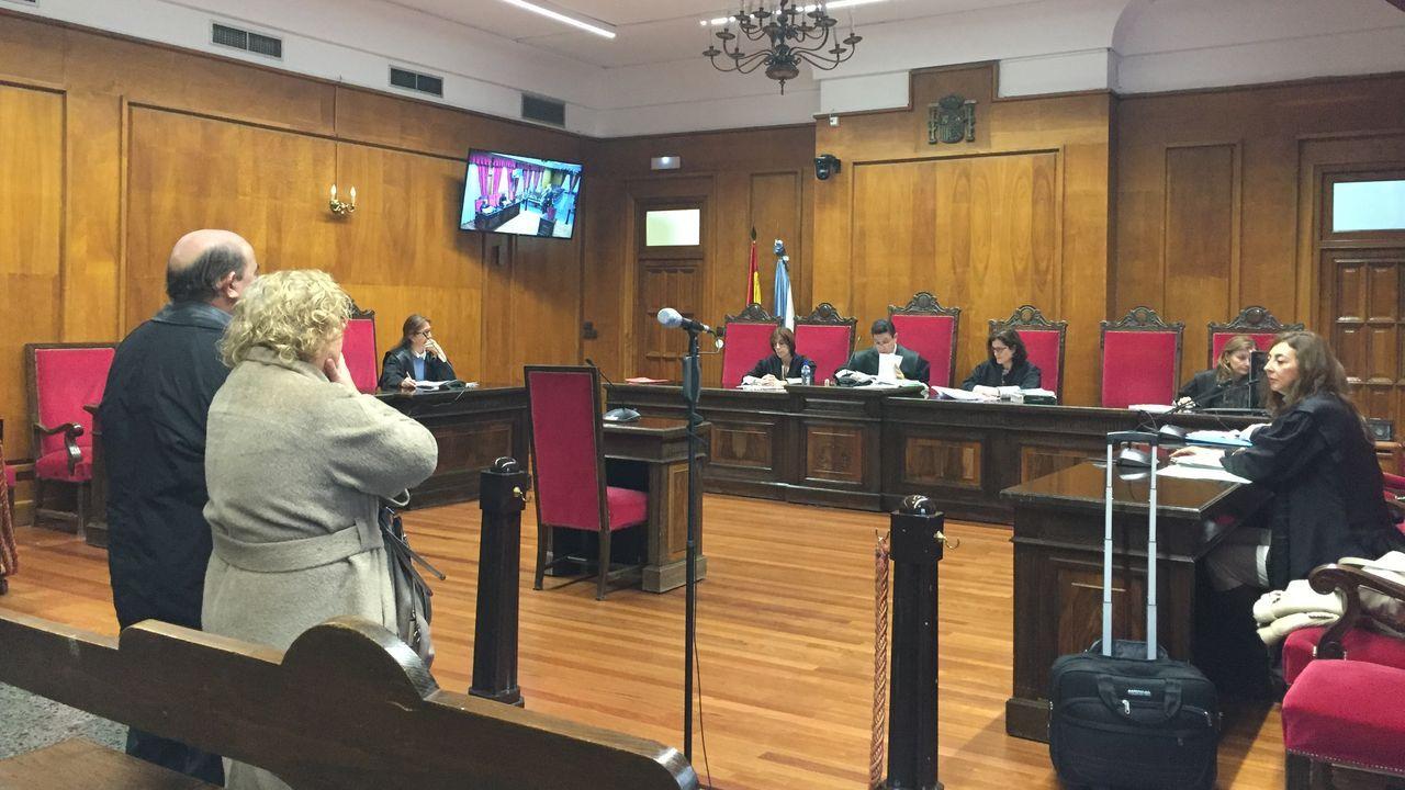 Riopedre sale de la Audiencia Provincial, en Oviedo