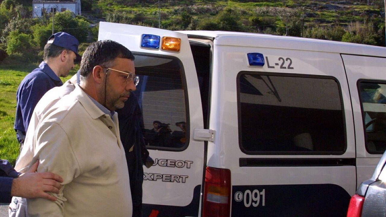 Pombar, en el 2002 en Ribeira, detenido por la operación Candil