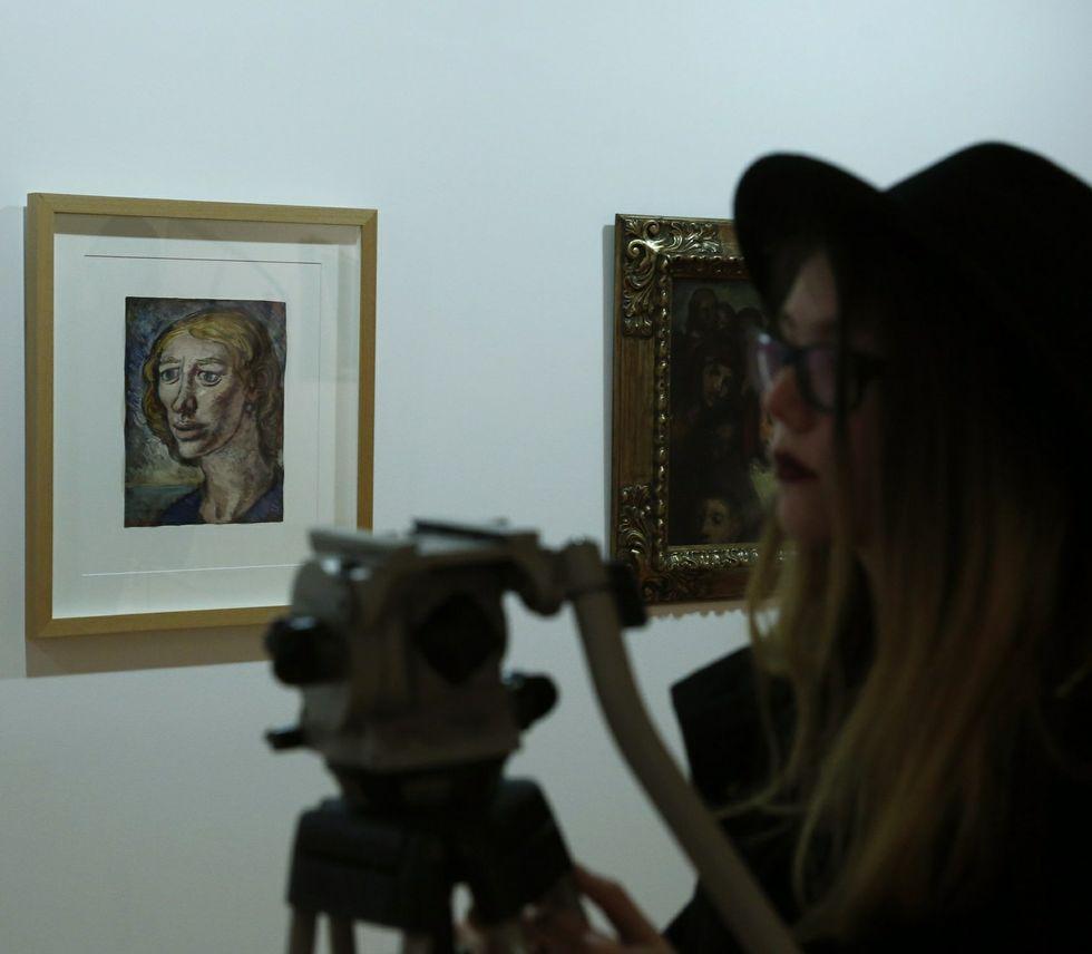La exposición se puede ver en la sala de la praza Maior.