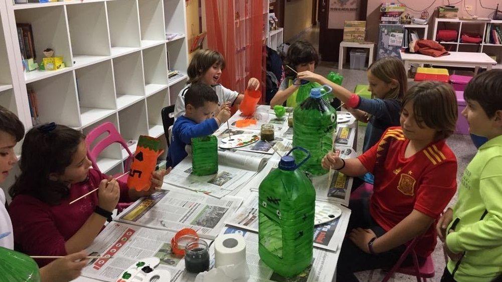A través da educación científica os nenos abren a mente a novas ideas, aprenden a pensar por si mesmos e a afrontar a vida con actitudes positivas