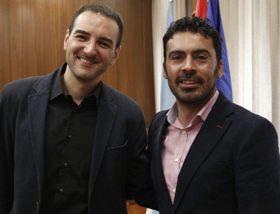 El director do curso, Valerià Carril, y el alcalde, Juan Anta.