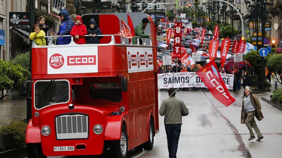 Manifestaciones del primero de mayo en Galicia.Los ourensanos se hicieron oír con megáfonos.