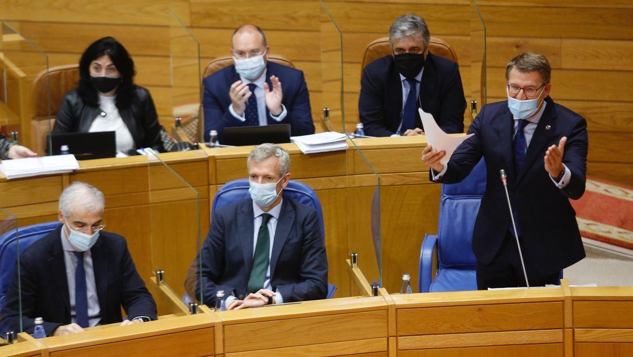 Segunda sesión constitutiva de la comisión de investigación sobre las cajas, en enero del 2017 .UN CASO INSÓLITO El gobierno de Ourense lo forman Jácome y otros dos concejales.