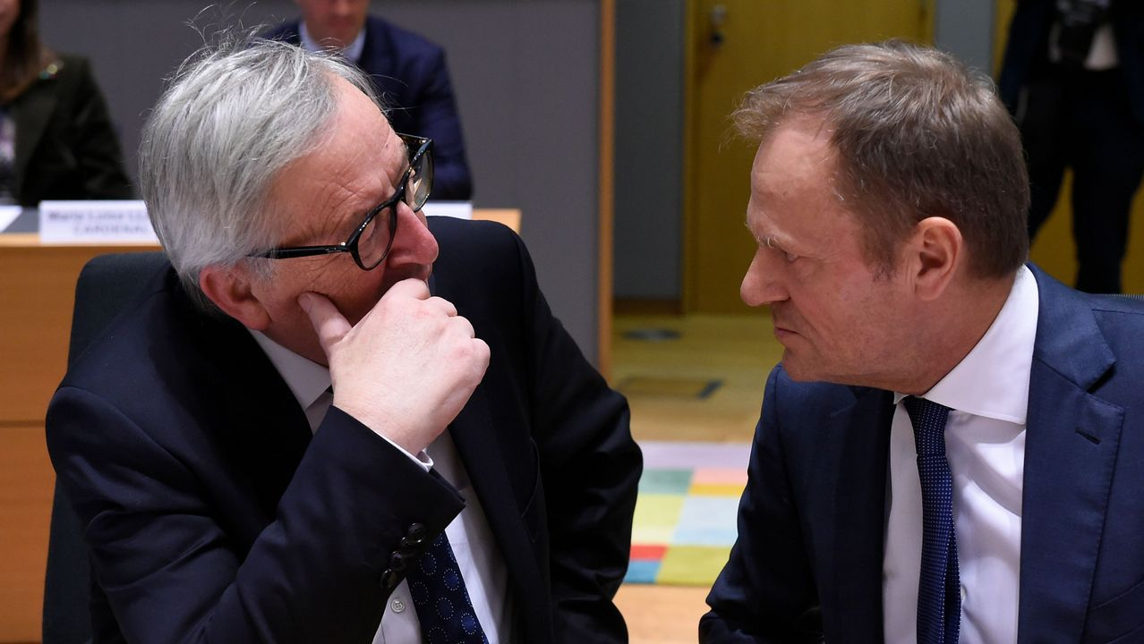 El presidente de la Comisión Europea, Jean Claude Juncker, y el presidento del Consejo Europeo, Donald Tusk