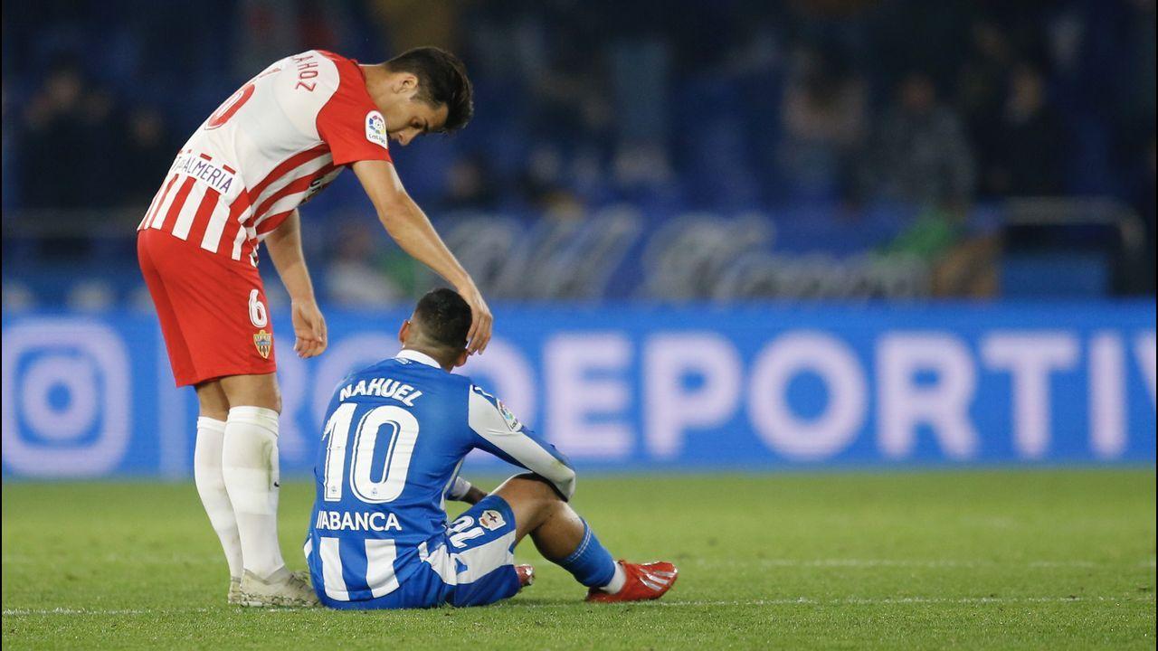 Las mejores imágenes del Deportivo - Almería.Los jugadores del Mallorca celebran un gol al Elche
