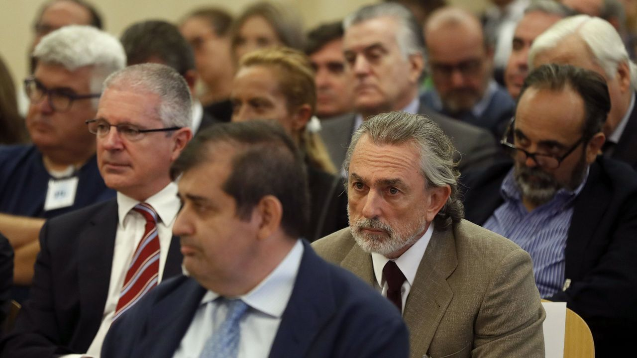 El «show» de Rufián vuelve al Congreso.Mariano Rajoy e Ignacio González, en una imagen de archivo