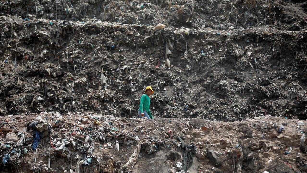 Hoy se celebra el Día de la Tierra, aunque hay basureros gigantescos en los que nada hay que conmemorar