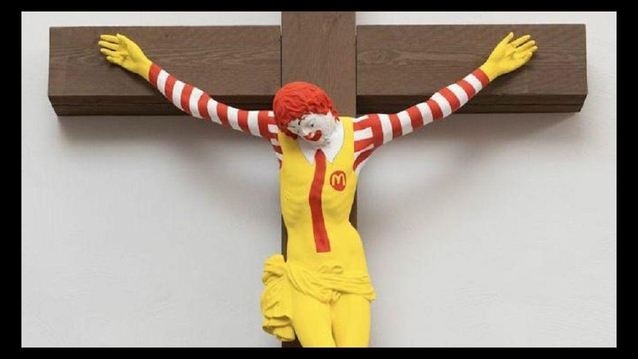 La escultura «McJesus», del artista finlandés Jani Leinon