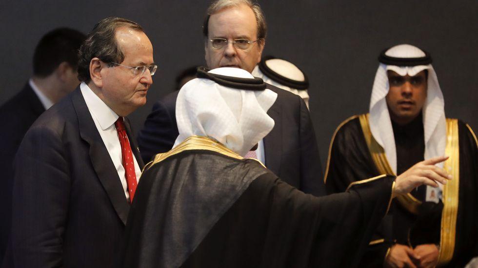 Los reyes reciben a Macri en el Palacio Real con los máximos honores.José Manuel Revuelta, a la izquierda, en Arabia Saudí